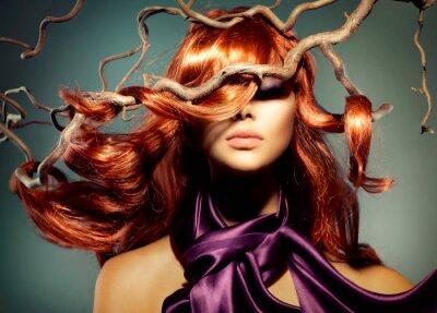 Фотообои Fashion Model женщина портрет с длинными вьющимися рыжими волосами