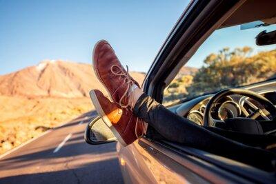 Фотообои Женские ножки на двери Vechicle
