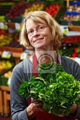 Военный менеджер по продаже овощей кредитных карт банке