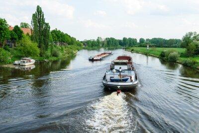 Фотообои Frachtschiffe Auf Der Везер-бай Нинбург