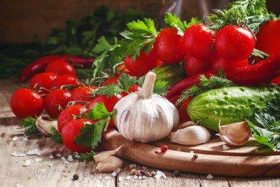 Фотообои Свежий чеснок, помидоры черри, огурец, острый перец, петрушка, ди