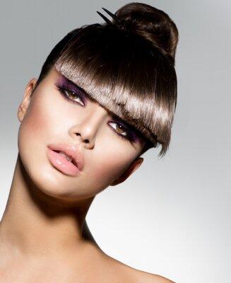 Фотообои Fringe. Fashion Model девушка с модный Прическа