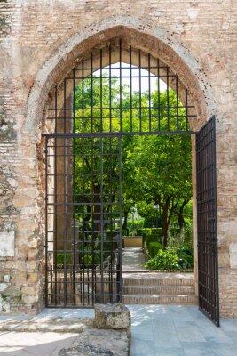 Фотообои Ворота в садах Алькасар в Кордове