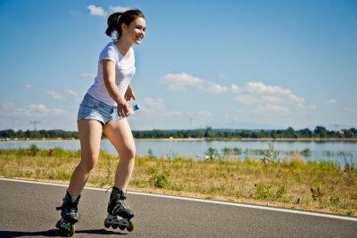 Фотообои Девушка роликовых коньках