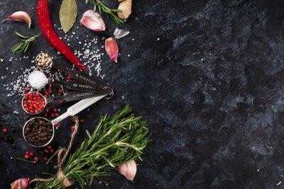 Фотообои Травы и специи над черным камнем