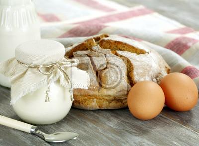 Ейцо сахар черныц хлеб
