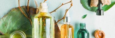 Фотообои Гомеопатические масла, БАДы для здоровья кишечника Натуральная косметика, масла для ухода за кожей на светлом фоне.