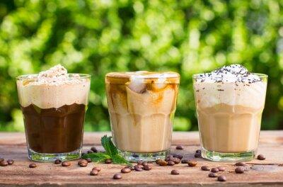 Фотообои Лед кофе с молоком и взбитыми сливками
