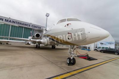 Фотообои Стамбул, Турция - 27 Сентября 2014: Bombardier Global Express 5000 в Стамбул авиашоу Какой герой в