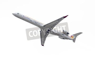 Фотообои Мадрид, Испания - 3 мая 2015: Самолеты -Bombardier Канадэйр CRJ-1000-, из -Air Nostrum- авиакомпании, взлет из аэропорта Мадрида Барахас -Adolfo Suarez-, мая 2015 3th.
