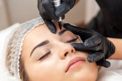 Фотообои Makijaż permanentny brwi - zabieg w salonie piękności