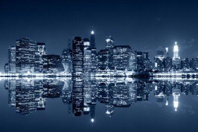 Фотообои Манхэттен в ночное время с размышлениями на реке Гарлем