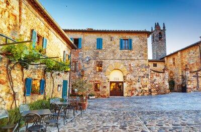 Фотообои Монтериггиони древний исторический городской площади, Италия.