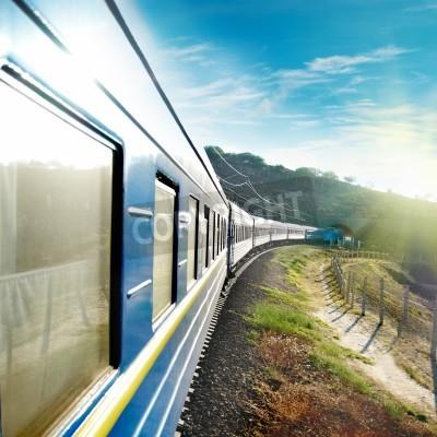 Фотообои Движение поездов и синий универсал. Городской транспорт