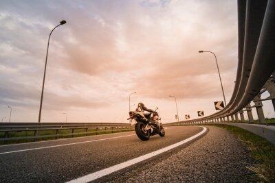 Фотообои Motociclista су мото-да Страда