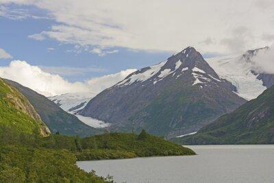 Фотообои Горы и Ледники в отдаленной долине