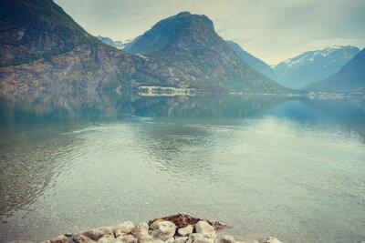 Фотообои Горы и озеро в Норвегии,
