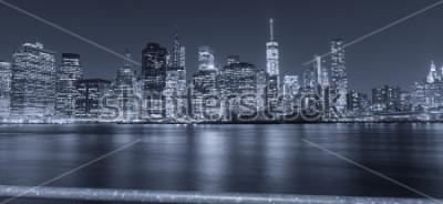 Фотообои Черно-белый ночной вид Нью-Йорка.