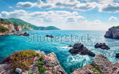 Фотообои Живописный весенний пейзаж Лимни-Бич Глыко. Сказочный утренний морской пейзаж Ионического моря. Великолепная открытая сцена острова Корфу, Греция, Европа. Концепция красоты природы.