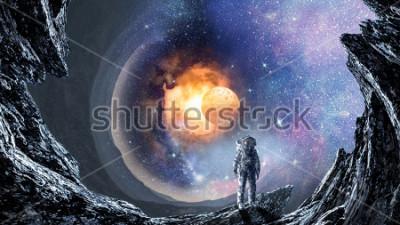 Фотообои Космическая дыра и космонавт. Смешанная техника