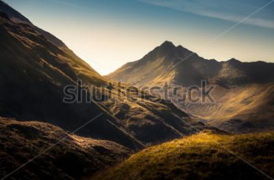 Фотообои Горы в горах, Шотландия