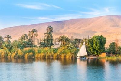 Фотообои Река Нил в Египте. Луксор, Африка.