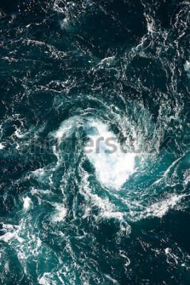 Фотообои Водоворот, природное явление водоворота, называется Сольстраур, Норвегия