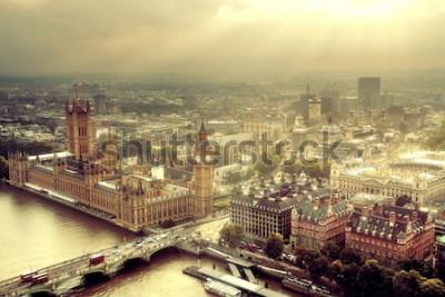 Фотообои Вид с воздуха Вестминстера с рекой Темзой и городским пейзажем Лондона городским.