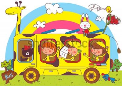 Фотообои Дети в школьных автобусах