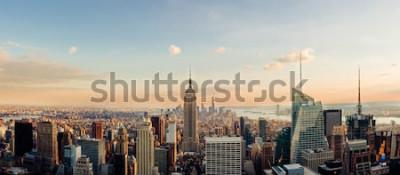 Фотообои Нью-Йорк, глядя на центр города Манхэттен. Панорамное изображение.