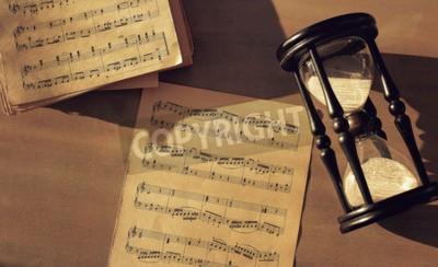 Фотообои Музыкальные ноты на столе