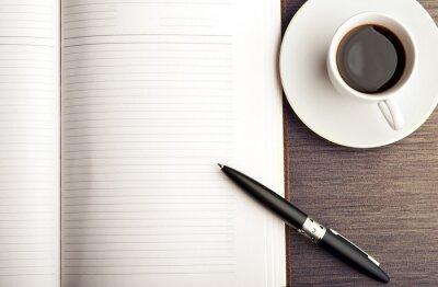 Фотообои Откройте пустой белый блокнот, ручка и кофе на столе