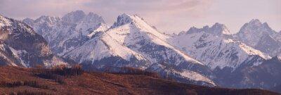 Фотообои Панорама снежных гор Татра весной, на юге Польши