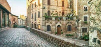 Фотообои Панорамный вид на улицу в Чертальдо, Италия.