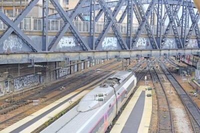 Фотообои Париж, Франция, 9 февраля 2016: железнодорожная станция Норд в Париже, Франция