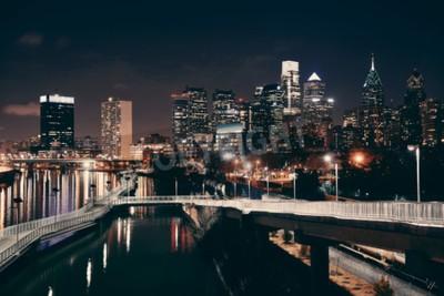 Фотообои Филадельфия горизонты в ночное время с городской архитектурой.