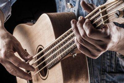 Фотообои играть на бас-гитаре укулеле