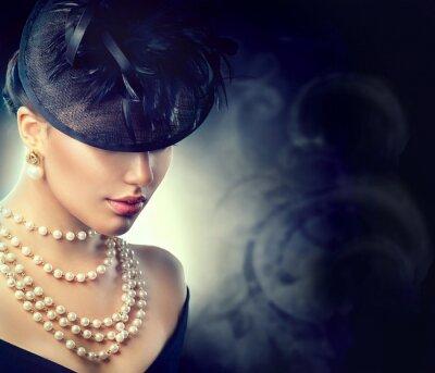 Фотообои Ретро портрет женщины. Винтажный стиль девушка носить старомодную шляпу