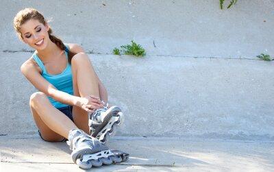 Фотообои Ролик девушка отдыхает на ступеньках
