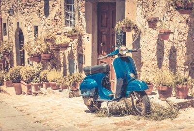 Фотообои Скутер в Тоскане
