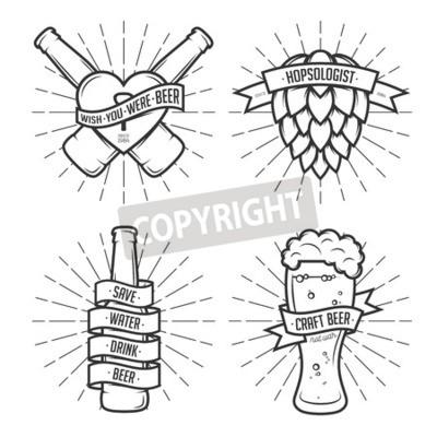 Фотообои Набор футболок отпечатков пива. Пивные этикетки, значки, элементы дизайна. Урожай ленты с смешные цитаты. Фразы о пиве.