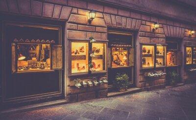Фотообои Обувь магазин в Тоскане