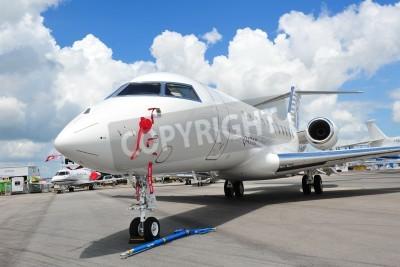 Фотообои СИНГАПУР - 12 февраля Фронт Катар Исполнительный Bombardier Global 5000 самолетов бизнес в Сингапуре Airshow 12 февраля 2012 в Сингапуре