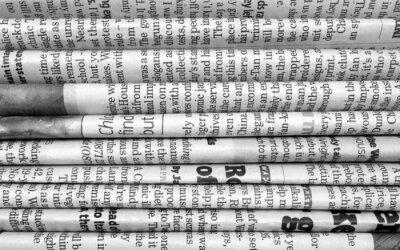 Фотообои Стек газет в черно-белом