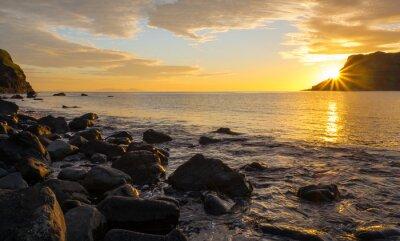 Фотообои Закат на знаменитом острове Скай в Шотландии