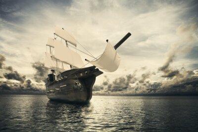Фотообои Древний корабль в море