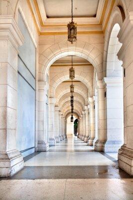 Фотообои Прохождение знаменитого кубинского Дворца, сегодня музей