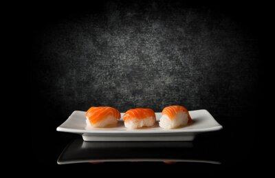 Фотообои Три суши на черном