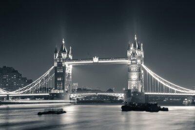 Фотообои Tower Bridge at night in black and white