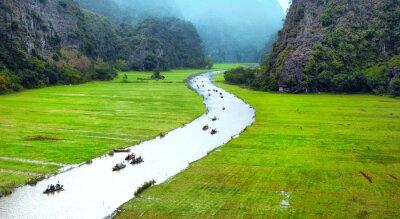 Фотообои Вьетнам путешествия пейзаж. Витая реки и горы Кок Tam Ниньбинь